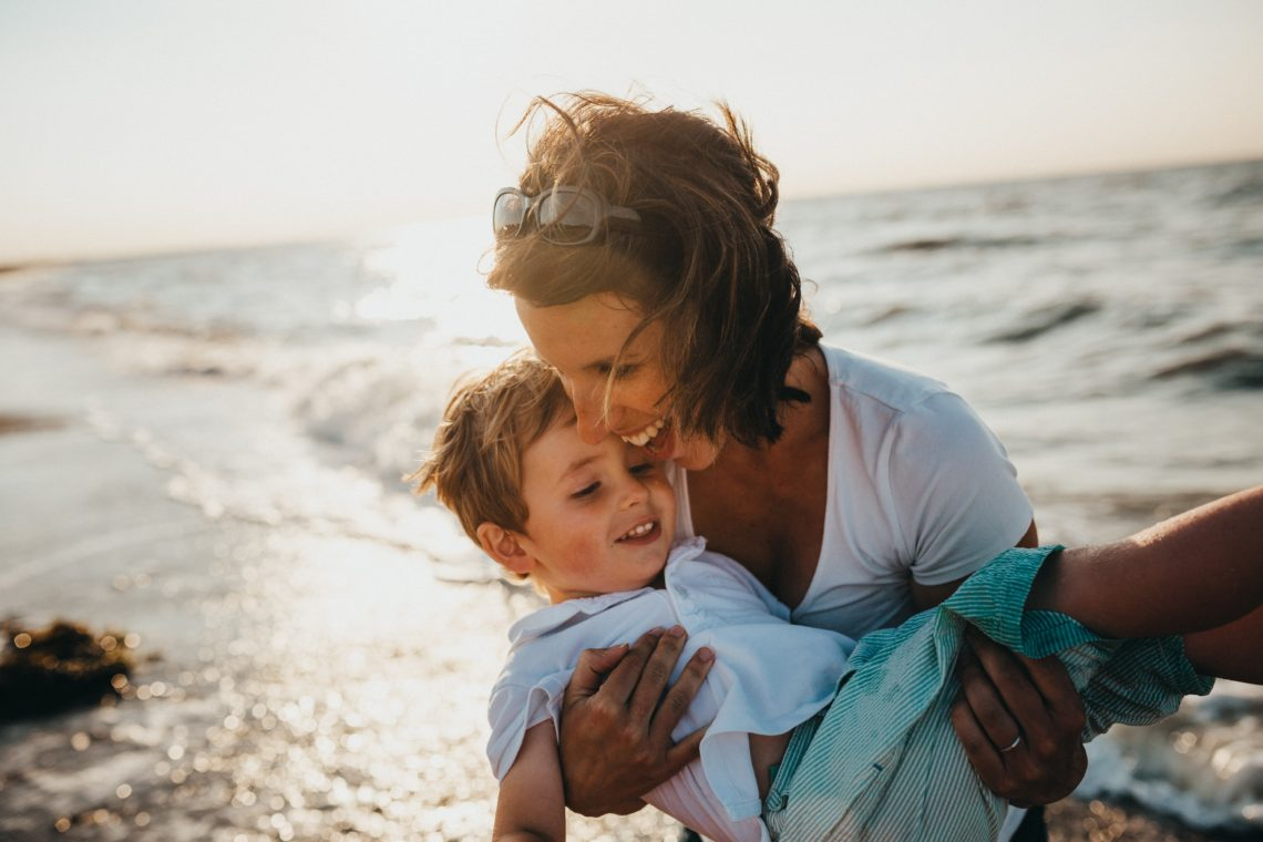 The Ultimate Mom Hacks List | HerJournalBlog.com